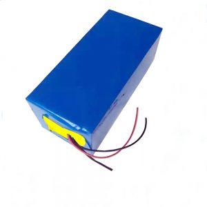 LiFePO4 Şarj oluna bilən batareya 10Ah 12V Lityum Demir Fosfat batareyası İşıq / UPS / elektrik alətləri / sürüşmə / buz ovu üçün